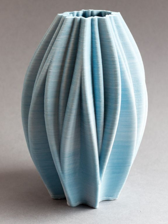 Blue porcelain bud
