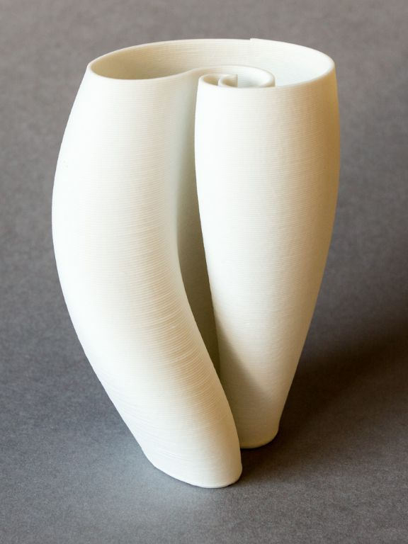 Porcelain shell