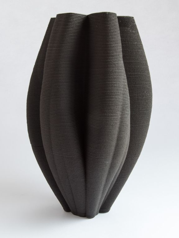 Porcelain and black stoneware tulip